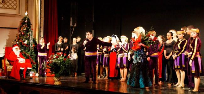 Spectacol de Crăciunul Armenesc la Teatrul Nottara din București ( montaj foto)
