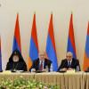 ARMENIA / Președintele Armen Sarkissian declară că este dispus să doneze 10 milioane de drami, din salariul său, către Fondul Hayastan