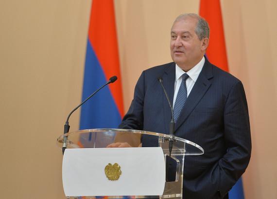 ARMENIA / Președintele Armen Sarkissian a trimis un mesaj de felicitare președintelui României