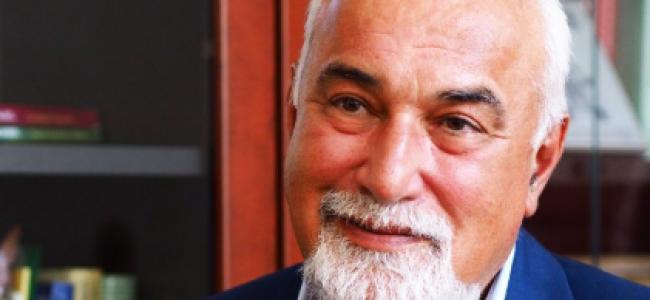 """CENTENAR U.A.R. / """"Fiecare armean este un brand, o valoare unică și de aceea ne mândrim cu membri noștri """" –    Interviu cu VARUJAN VOSGANIAN, președintele Uniunii Armenilor din România, deputat ALDE, scriitor"""