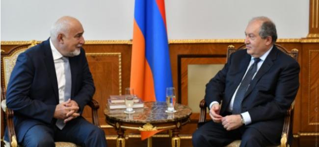 ARMENIA / Președintele Armen Sarkissian s-a întâlnit cu deputatul Varujan Vosganian, membru al Parlamentului României