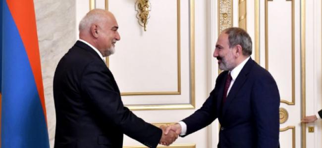 ARMENIA / Prim-ministrul  Nikol Pashinyan l-a primit pe Varujan Vosganian și reprezentanți ai comunității armene din România