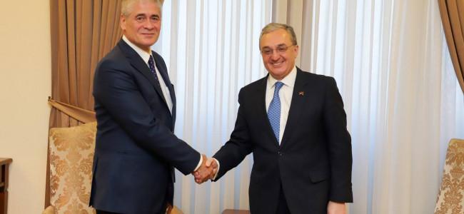 DIPLOMAȚIE / Ministrul Afacerilor Externe Zohrab Mnatsakanyan l-a primit pe E.S. Corneliu Ionescu, noul ambasador al României în Armenia