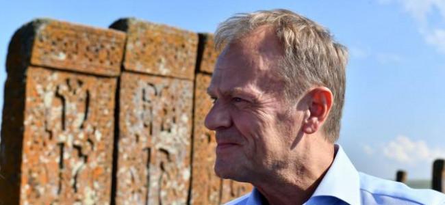 """U.E. / """"Acesta este locul unde bate inima Europei"""" – a spus Donald Tusk aflat în vizită în Armenia"""