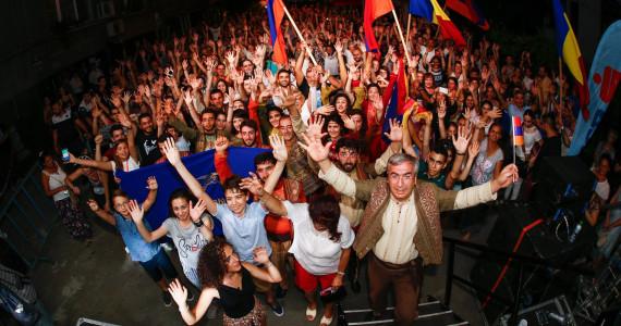 "FESTIVALUL STRADA ARMENEASCĂ / Interviu cu dl. Gaghik Ghinosyan, coregraful trupei ""Karin"""