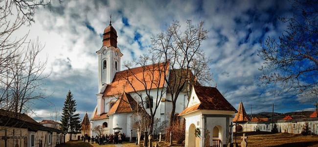 CREDINȚĂ / Armenii gherleni au onorat Hramul Bisericii Armeano-Catolice  din Gheorgheni