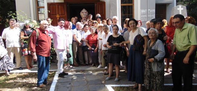 CREDINȚĂ / Sărbătorirea cu mare fast a hramului Bisericii Armene  SFÂNTA MARIA din Galați