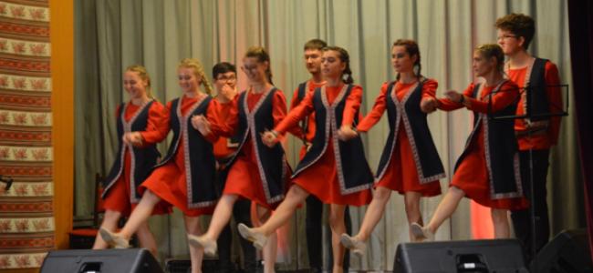 BUDAPESTA / O nouă evoluţie de mare succes a dansatorilor armeni din Gherla