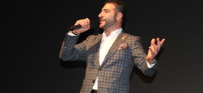 FOCUSPRESS.RO / Sute de constănțeni l-au aplaudat pe Smbatyan. Profesorul din Odesa a făcut spectacol în Constanța
