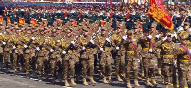 MOSCOVA /  75 de soldați armeni au defilat în Piața Roșie cu ocazia împlinirii a 75 de ani de la Victorie