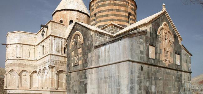 Mănăstirea armenească Sfântul Thaddeus din Iran găzduiește o expoziție dedicată aniversării înscrierii în patrimoniul UNESCO
