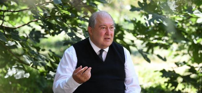 """ARMEN SARKISSIAN : """"Chiar și astăzi, Tratatul de pace de la Sèvres rămâne un document esențial pentru dreptul poporului armean la o soluționare corectă a chestiunii armene"""""""