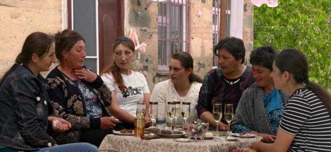"""ASTRA FILM FESTIVAL / Documentarul """"Satul femeilor"""" de Tamara Stepanyan, în competiție la secțiunea Europa Centrală și de Est"""