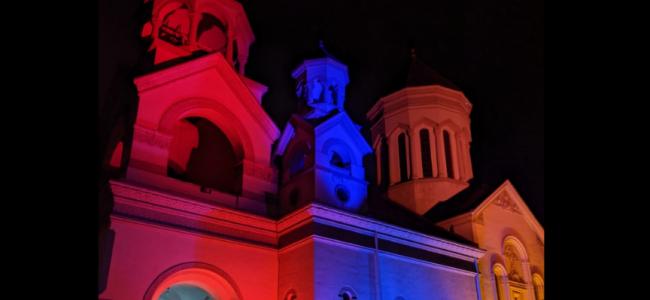 În  Catedrala Armeană din București a avut loc SLUJBA de comemorare pentru  EROII MARTIRI  căzuți în luptele pentru  apărarea Arțakhului