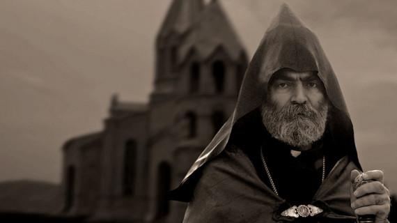Arayik Harutyunyan: În Arțakh am acceptat cu profund regret vestea retragerii Arhiepiscopului Pargev Martirosyan