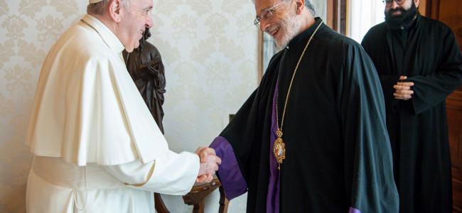 VATICAN / Mons. LEVON ZEKIYAN, Arhiepiscopul armenilor catolici din Istanbul și delegat pontifical pentru Congregația Mechitaristă a fost primit de PAPA FRANCISC
