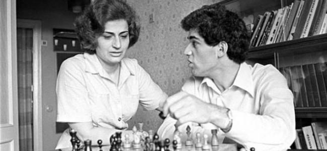 S-a stins din viață Klara Shagenovna Kasparov, mama, de origine armeană, a lui Garry Kasparov