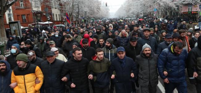 AGERPRES / CRIZĂ POLITICĂ ÎN ARMENIA