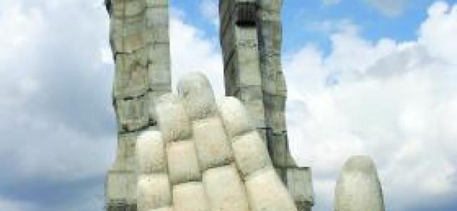 Un monument şi o idee
