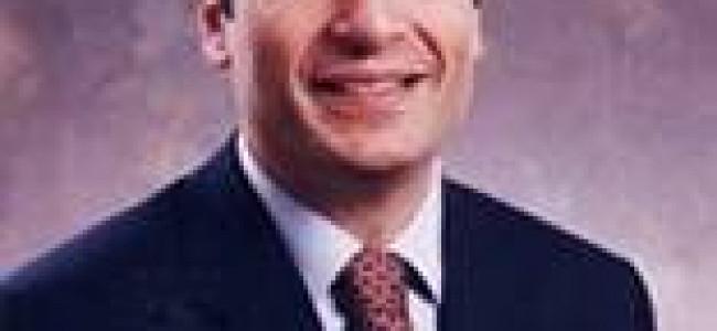 Prof. Robert Aram Minasian,  Doctor al Universităţii Melbourne,