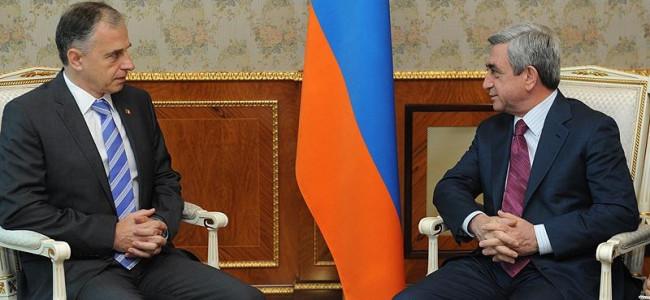Întrevedere a Preşedintelui Senatului României, Mircea Geoană, cu Preşedintele Armeniei, Serzh Sargsyan