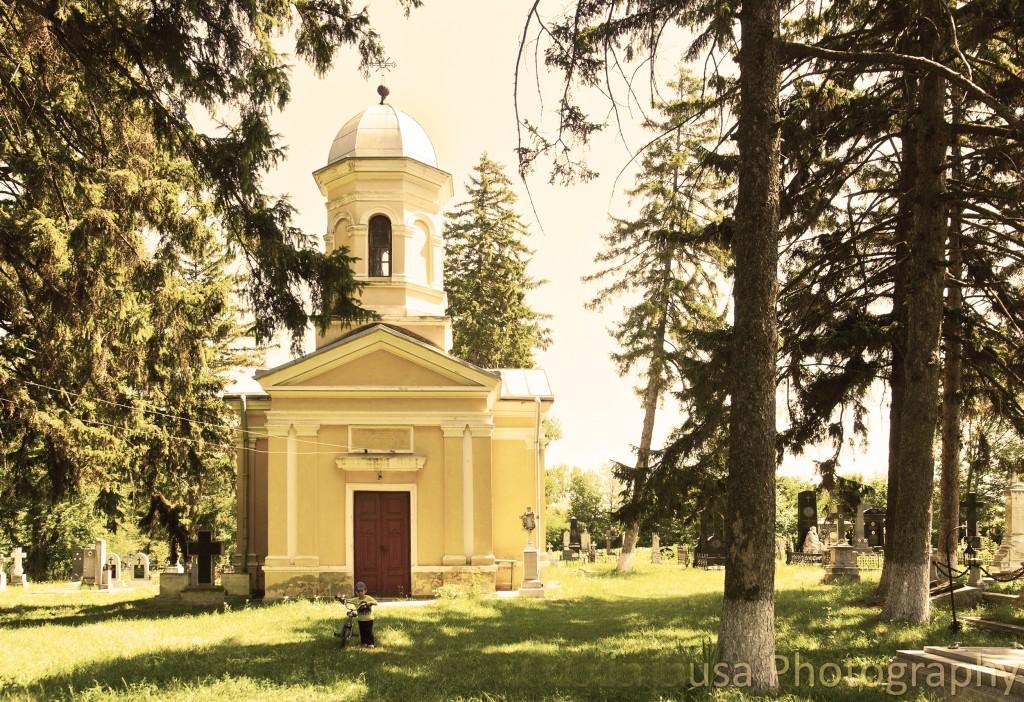 Biserica-armeană_-Buna-Vestire-din-cimitirul-Eternitatea-din-Botoșani