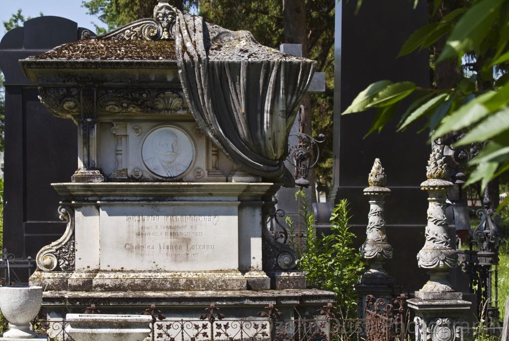Cimitirul-armean-din-Botoșani.-Mormântul-Cristea-Manea-Loizanu
