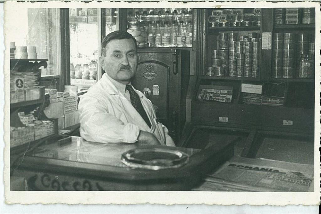Drtad  Mouradian în magazin (1939 )