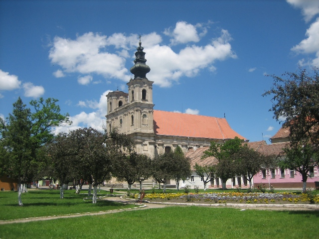 Dumbraveni-catedrala-armeano-catolica