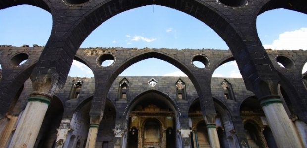 Surp-Giragos-Armenian-Church-in-Diyarbakir-620x300