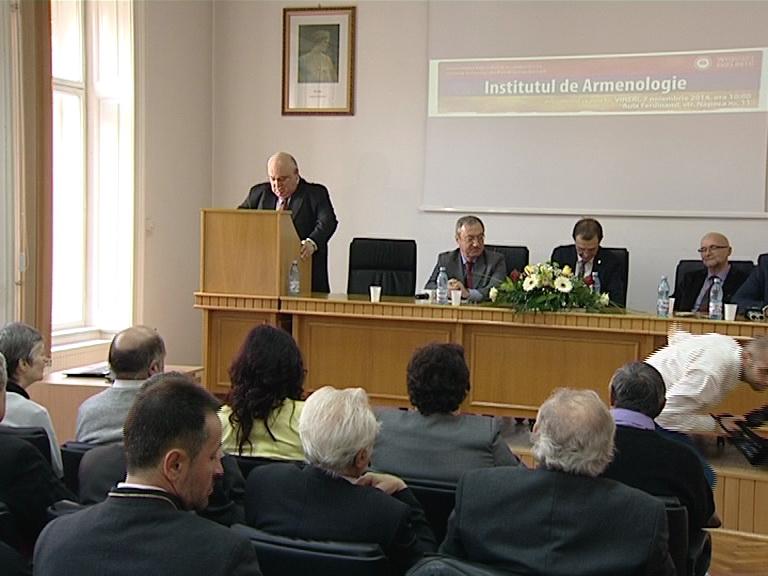 armenologie vorbeste rectorul Ierevan
