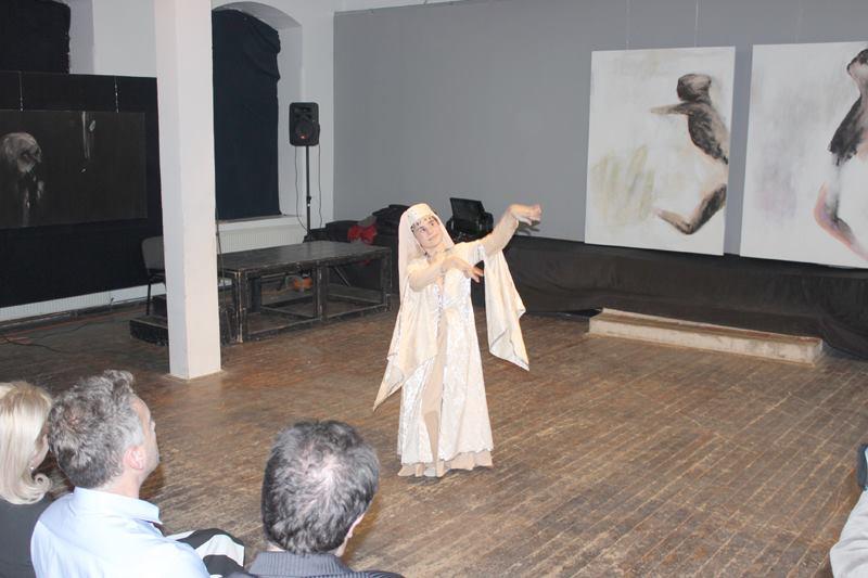 Tania Varduca solo