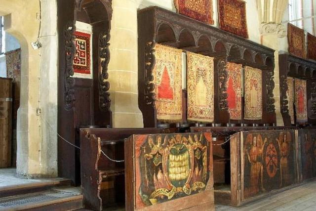 covoare-biserica-neagra1