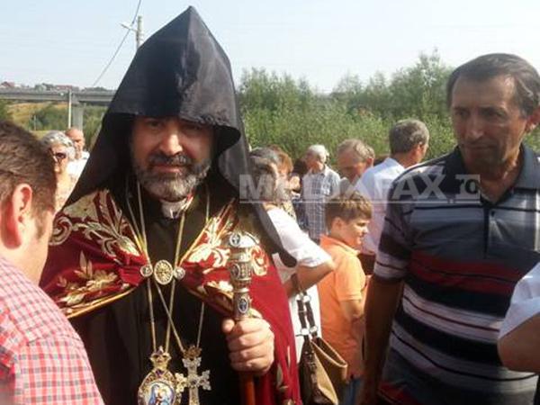 02-episcop-datev-hagopian-armeni-hagigadar