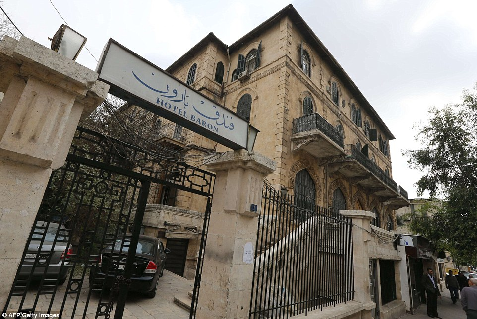 2343E0F600000578-2841239-The_Baron_Hotel_the_oldest_hotel_in_the_northern_Syrian_city_of_-1_1416478296560