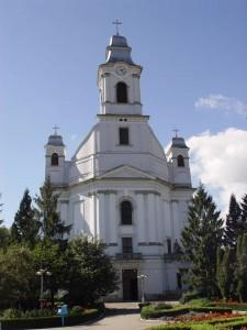 bisericaSfTreime2