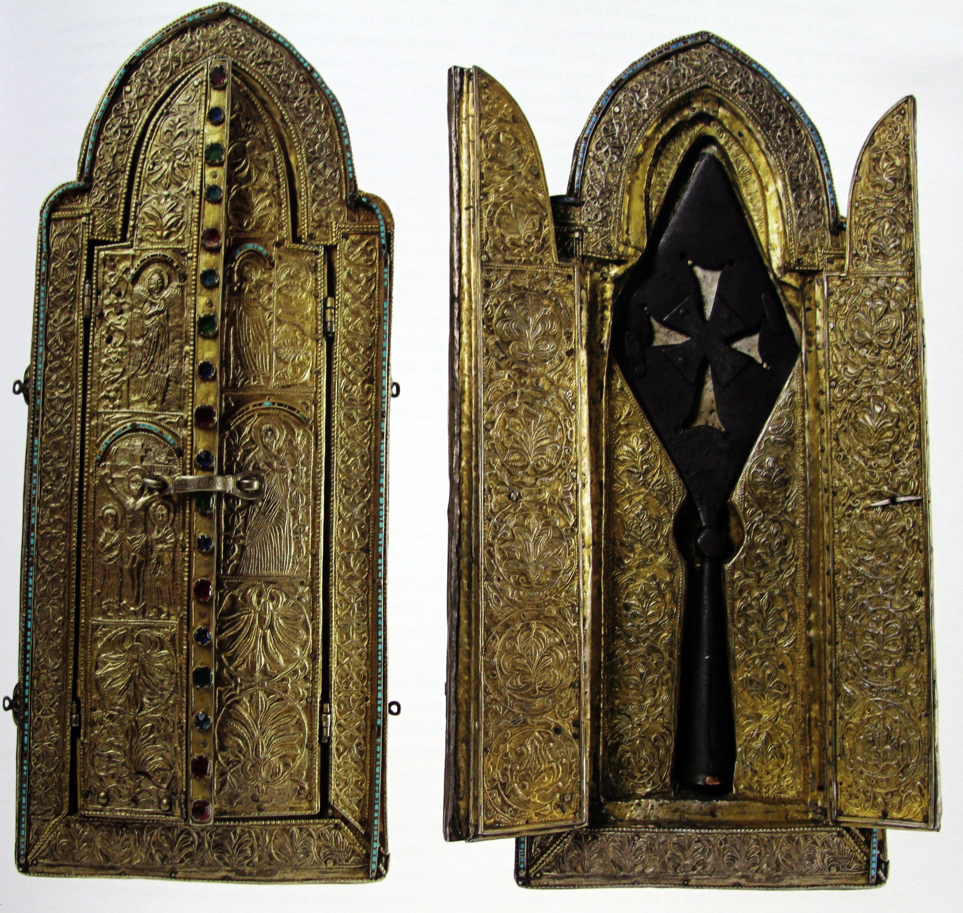 Fig. 7.Racla continând bucata din lancea cu care a fost stràpuns corpul lui Cristos- 1687.