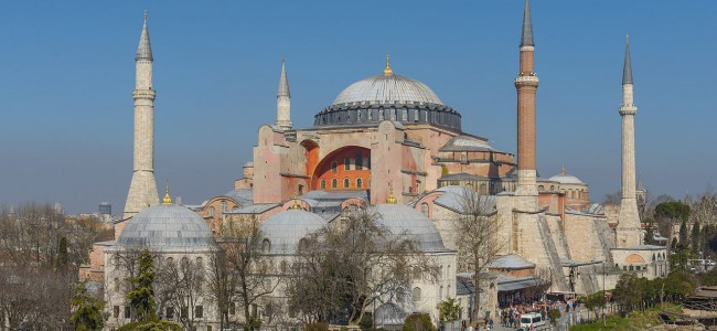 OBSERVATOR CULTURAL / Bedros Horasangian : Sfânta Sofia, Erdogan și Imam  Baildâ