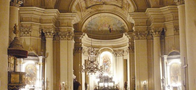 Armenii gherleni au revenit în biserică