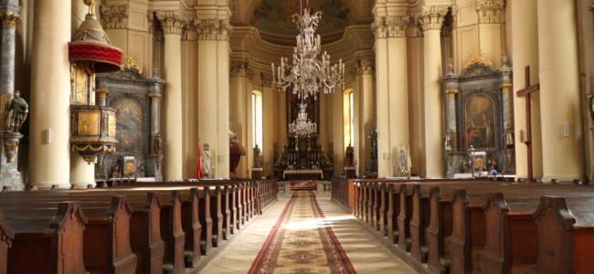 Sfinţirea apei  în Catedrala armeano-catolică din Gherla
