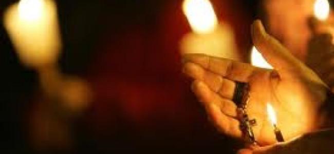 CREDINȚĂ / Sfinţirea lumânărilor la Catedrala armeano-catolică din Gherla