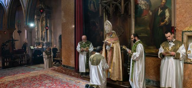"ITALIA / Primele jurăminte temporare și Hirotonire  la  ""SAN LAZZARO"" a armenilor din Veneția"