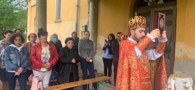 Sfânta Liturghie de Înviere oficiată la Parohia Târgu Ocna
