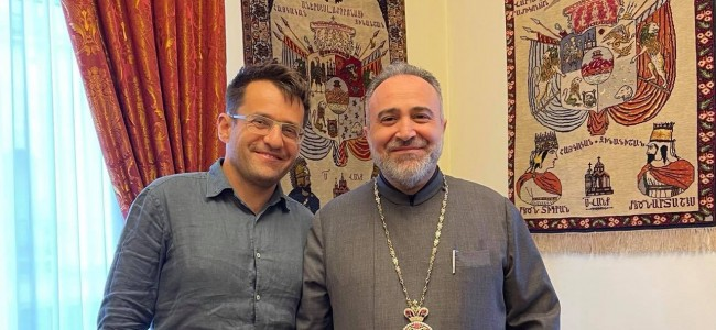 Vizita șahistului Levon Aronian, mare maestru internațional, la Arhiepiscopia Armeană