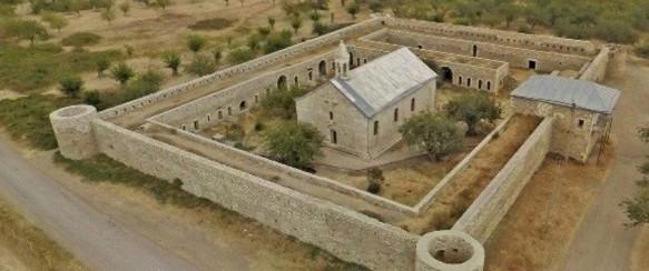 COMORILE DIN ARȚAKH: Mănăstirea AMARAS unde s-a fondat în sec. al V-lea prima școală armeană din regiune