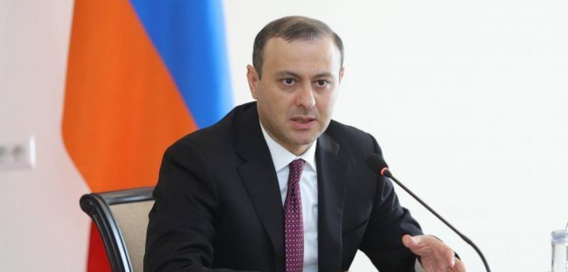 EREVAN | Armen Grigoryan, ministrul interimar de externe a primit șefii misiunilor diplomatice acreditate în Armenia