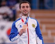 TOKYO 2020 | Gimnastul Artur Davtyan, la proba de sărituri,  dă Armeniei prima medalie olimpică, bronz