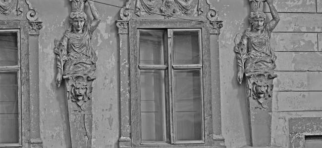 """GHERLA   Expoziţie foto """"Călător prin Armenopolis"""""""