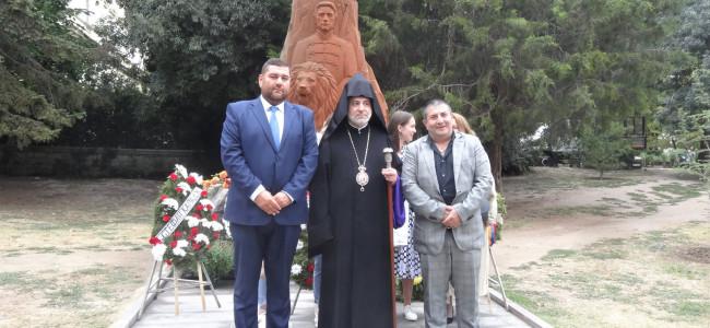 Episcopul Datev Hagopian a participat, la Varna, la dezvelirea statuii eroului național bulgar, Vasil Levski, realizată în Armenia
