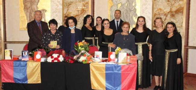 CONSTANȚA | Sărbătoarea Zilei Naționale a Armeniei prin lansarea de carte a doamnei prof. Arșaluis Sarchisian-Gurău